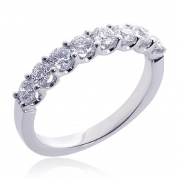 18K White Gold Ladies Round Brilliant 8 Stone Diamond Wedding Band 0.75 tcw