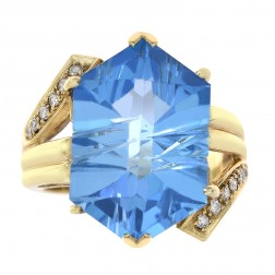9.50 Carat Hexagon Shape Blue Topaz & 0.20 Carat Round Cut Diamond Ring 14K Yellow Gold