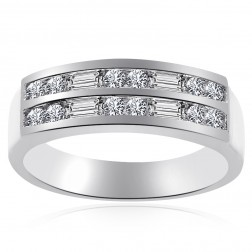 1.00 Carat Round & Baguette Diamond Wedding Band in Platinum