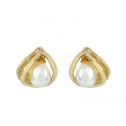 4.5mm Fresh Water Pearl Stud Earrings 14K Yellow Gold